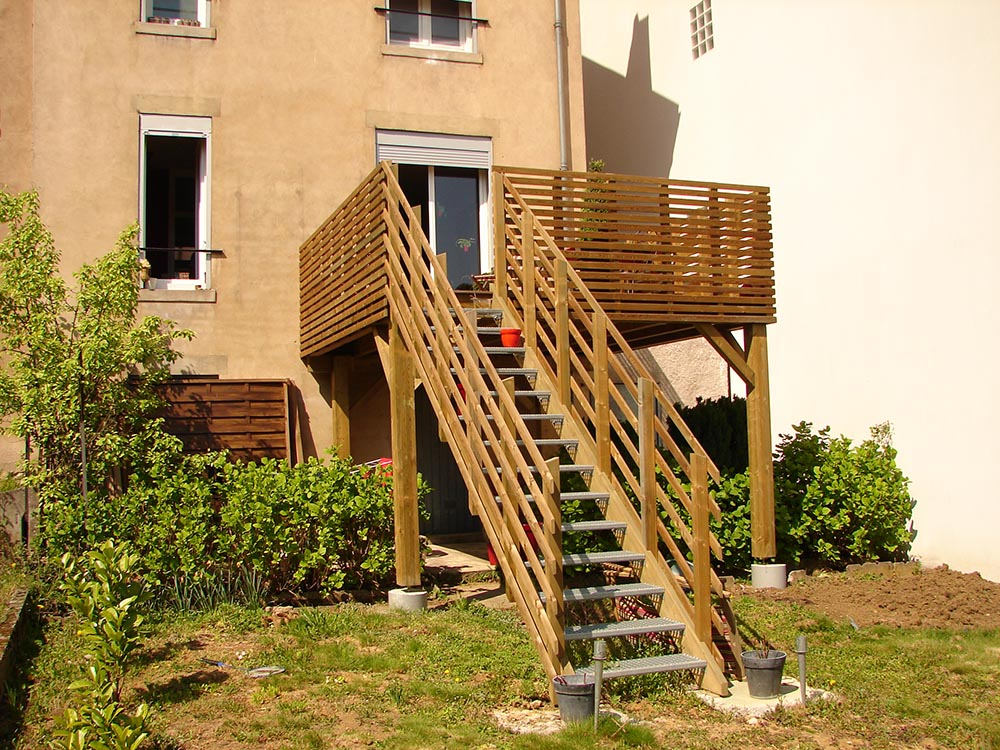 Am nagement ext rieur terrasse bois pose ou en kit for Terrasse exterieur