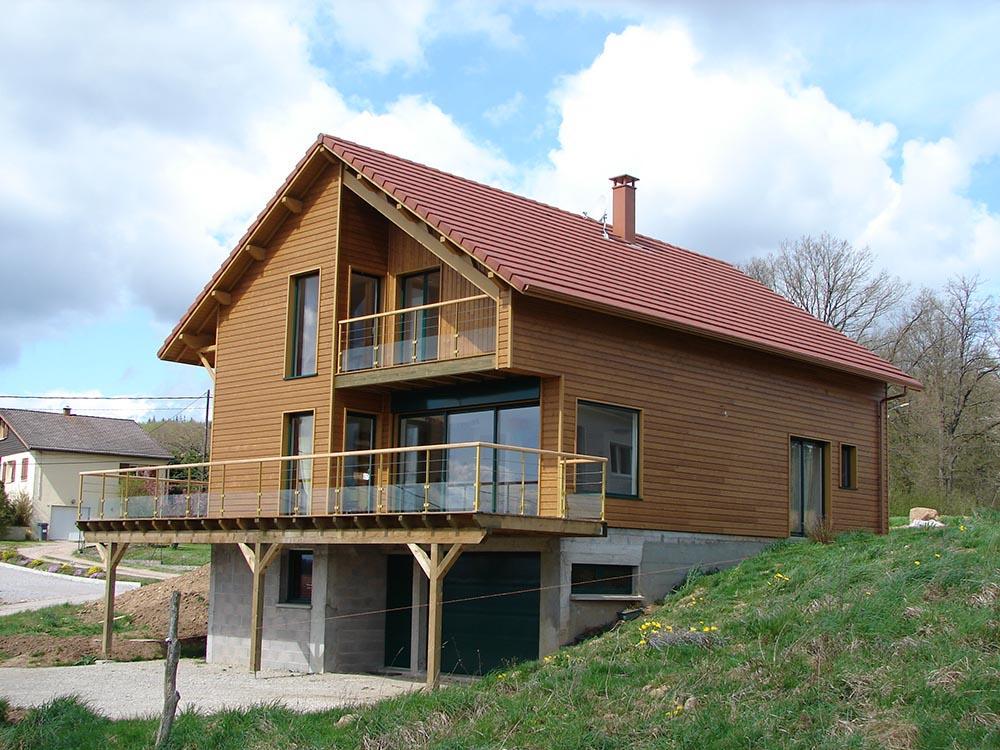 Maison classique ossature bois atelier construction for Maison bois ossature