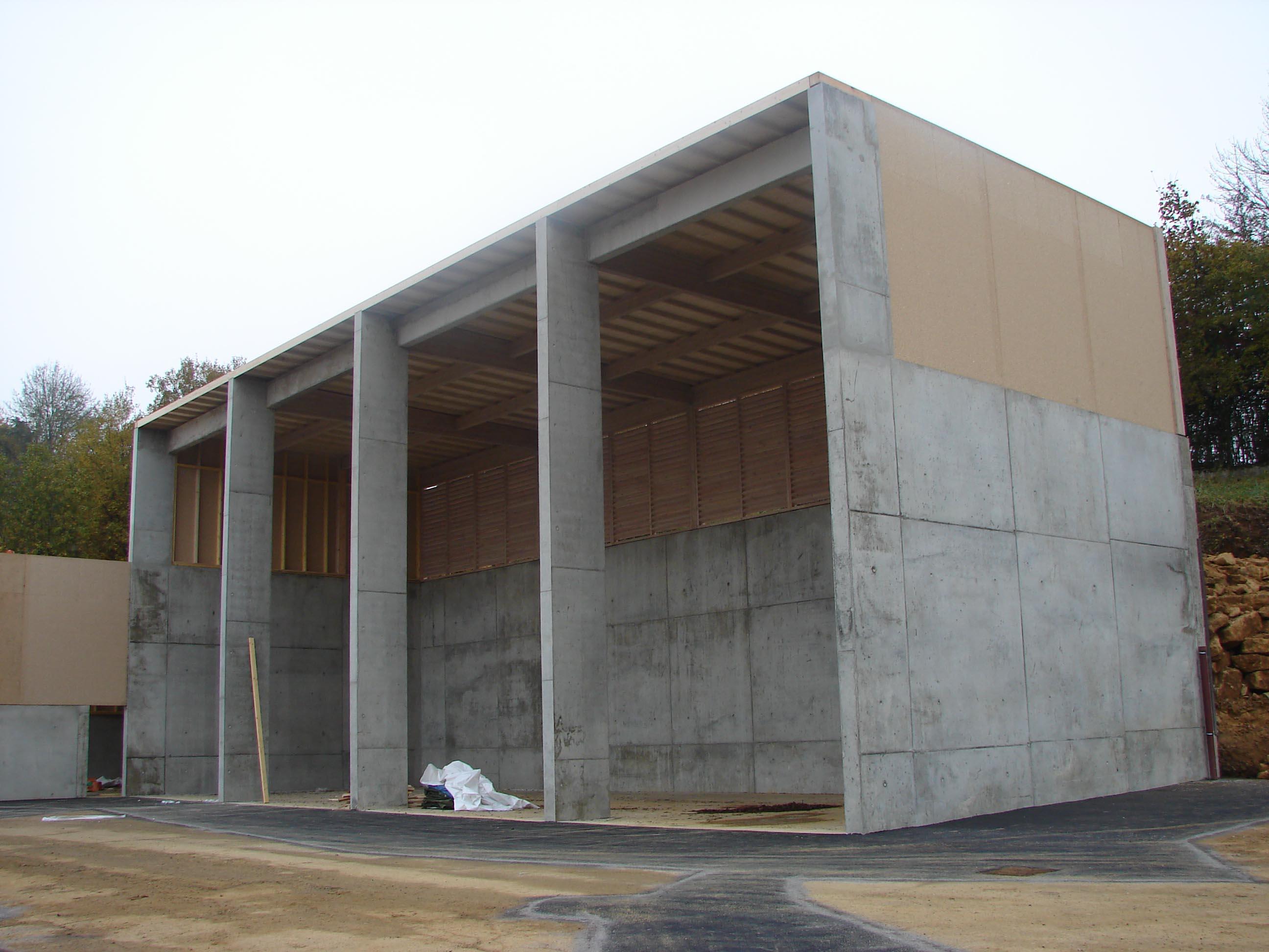 Construction ossature bois b u00e2timents publics ATELIER CONSTRUCTION MAISON BOIS # Hangar Ossature Bois